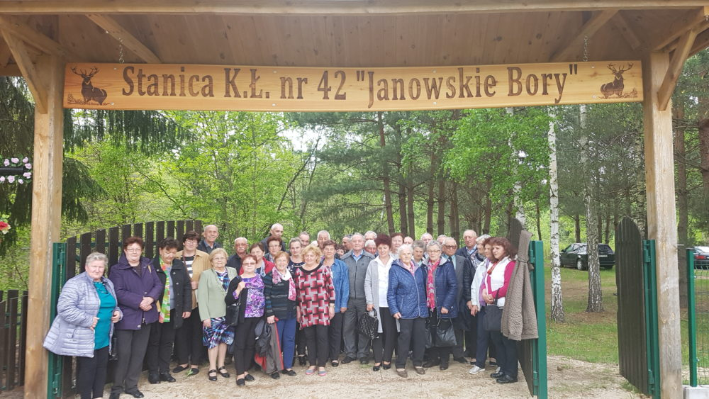 Majówka Klub Seniora Modliborzyce w Stanicy KŁ. Janowskie Bory.