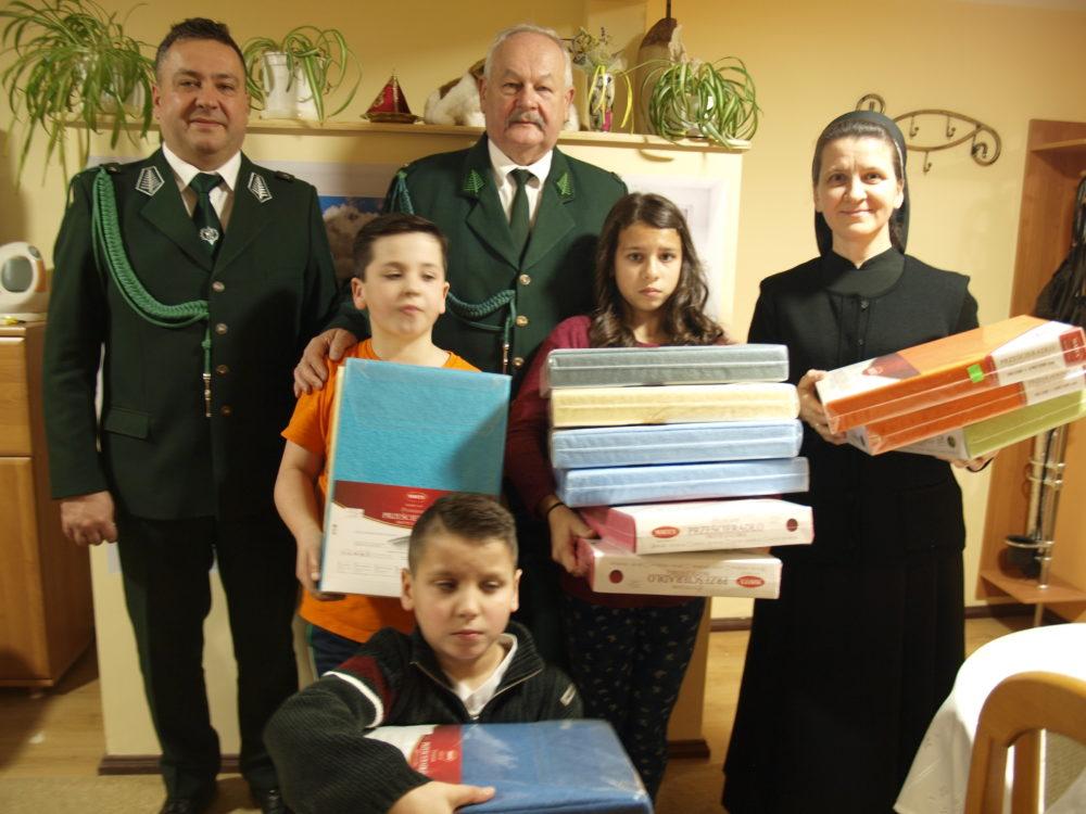 """Myśliwska paczka zorganizowana przez Koło Łowieckie """"Bażant"""" Nisko."""